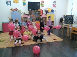 Розовые шарики для Виточки